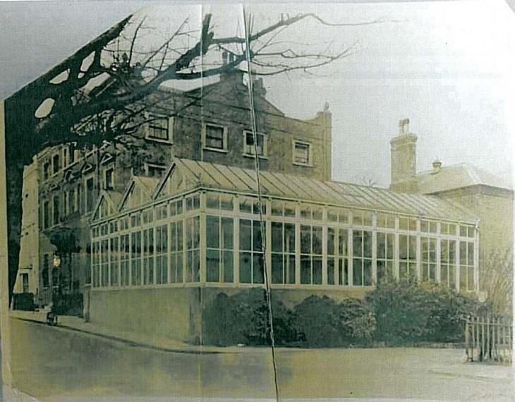 DoughtyHousein1905,withOriginal Conservatory.jpg