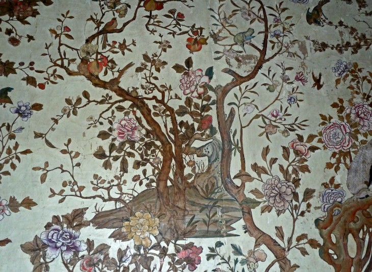 4 Historic Chinere wallpaper in National Trust property Ightham Mote (1).jpg