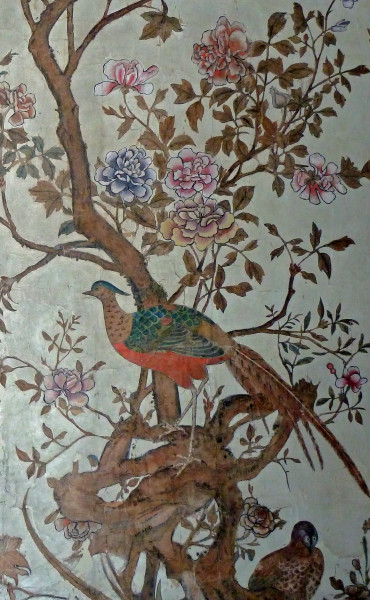6 Historic Chinere wallpaper in National Trust property Ightham Mote (5).jpg